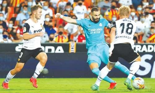 Vinicius, Benzema lead Real comeback at Valencia