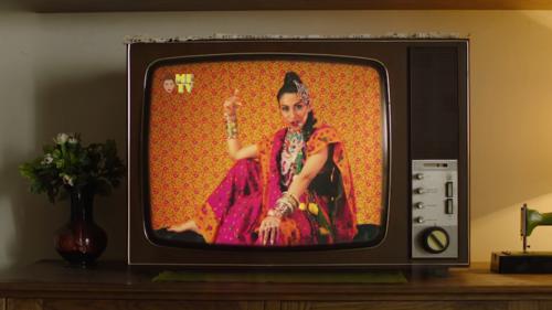 Meesha Shafi's 'Hot Mango Chutney Sauce' is kitschy and feisty