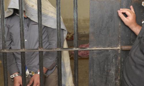 پشاور: امریکا میں نابالغ لڑکی کا جنسی استحصال کرنے والا ملزم گرفتار