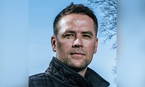 Former English footballer Michael Owen signs 3-year deal to become PFL official ambassador