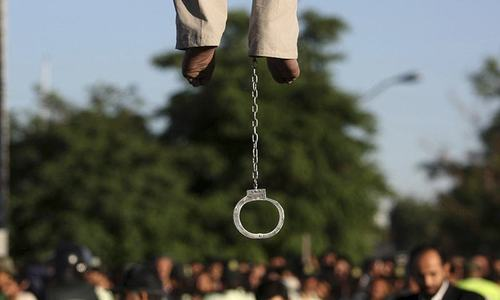 Taliban hang four bodies in Herat to deter abductions