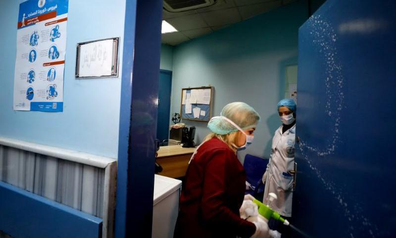 Syria coronavirus spike sees hospitals reach capacity