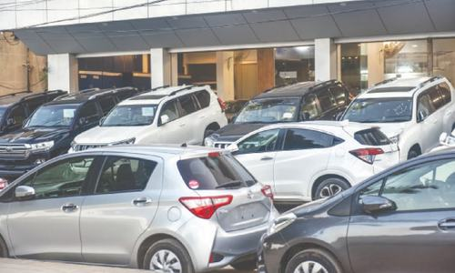 New vehicles import hits all-time high in FY21