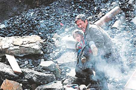 TRADE: CHINESE DISASTER MOVIE REIGNS AT BOX OFFICE