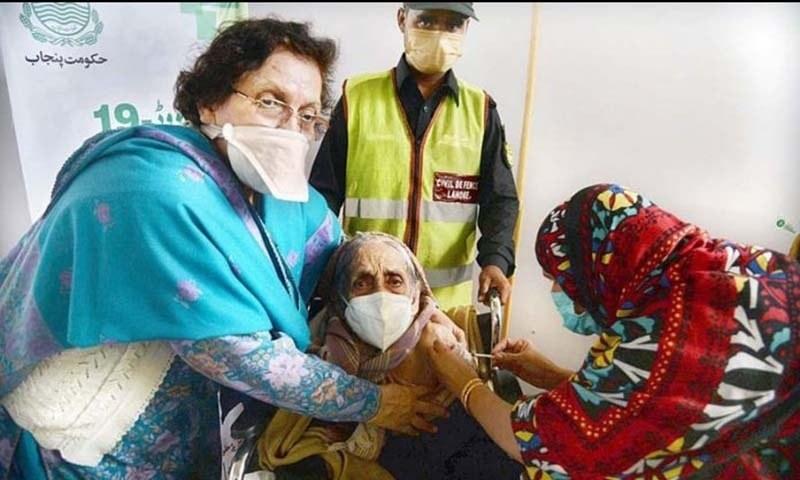 پنجاب: ویکسین لگوانے والے 91 فیصد افراد تیسرا ڈوز لگوانے کو تیار
