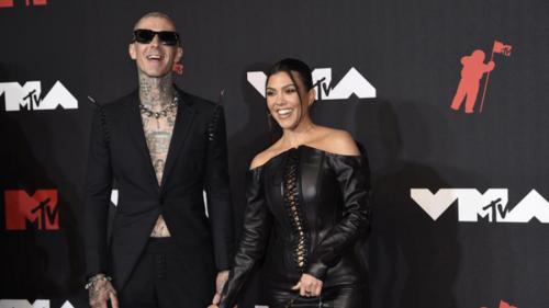 American reality star Kourtney Kardashian, Blink-182 drummer Travis Barker engaged