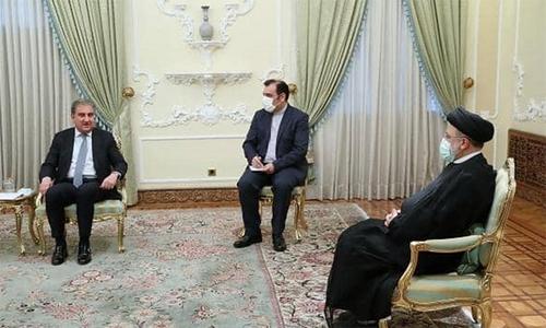 وزیرخارجہ کو ایرانی ہم منصب کا فون، افغانستان سے متعلق اجلاس میں شرکت کی دعوت