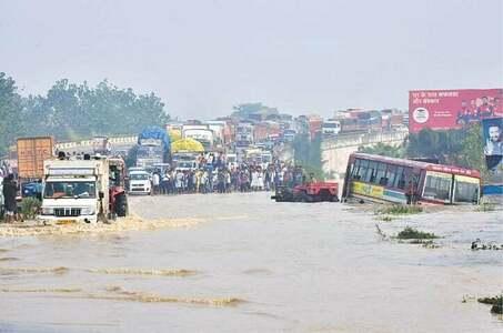 بھارت اور نیپال میں بارشیں، سیلاب سے ہلاکتوں کی تعد 116 ہو گئی