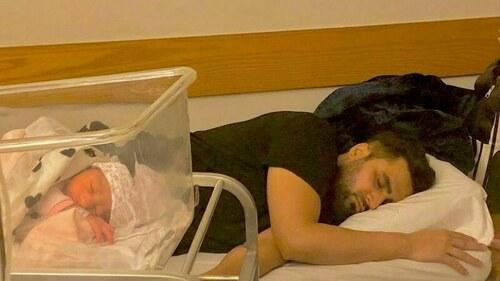 Singer Falak Shabir gushes about the joys of fatherhood and lack of sleep