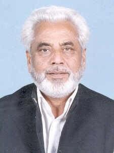Veteran politician Sardar Yaqoob laid to rest