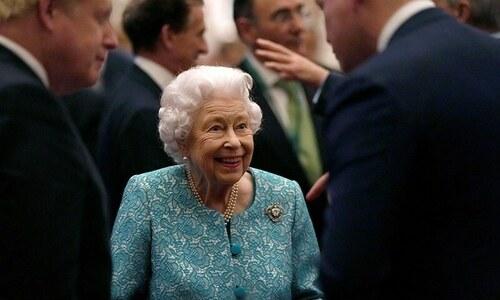 ملکہ برطانیہ کی طبیعت ناساز، سالوں بعد پہلی رات ہسپتال میں گزاری