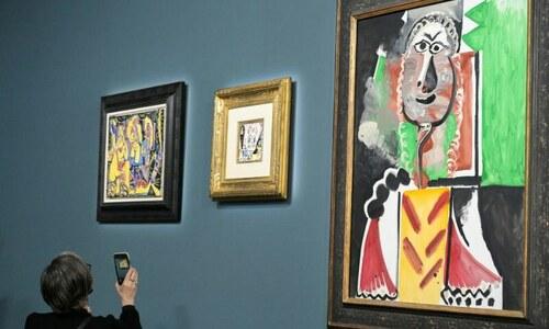 پکاسو کے فن پارے 17 ارب روپے میں نیلام