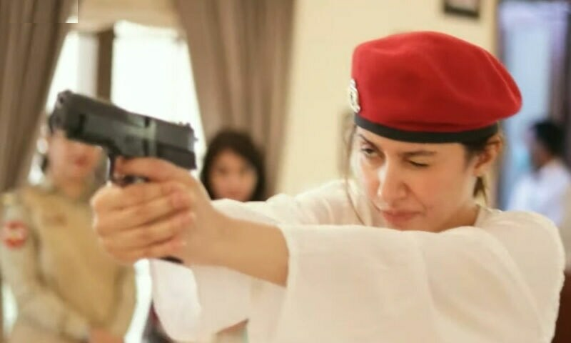 'ایک ہے نگار' دیکھ کر شائقین آبدیدہ، ماہرہ خان کی تعریفیں