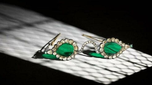 Bejeweled Mughal-era glasses expected to fetch up to $3.5m at auction