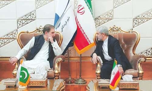 Pakistan, Iran seek urgent steps to avert Afghan crisis