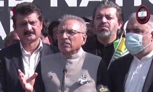 'We are with you at every forum,' President Alvi assures Kashmiris on Black Day