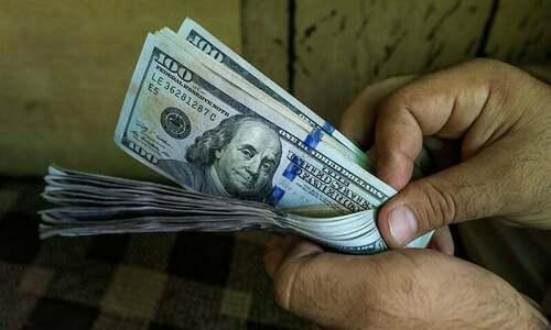 سعودی پیکج کے اعلان سے ڈالر کے مقابلے میں روپے کی قدر میں 2.27 اضافہ