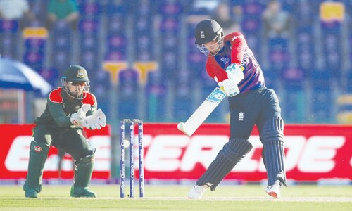 Ruthless England blow away Bangladesh for second win