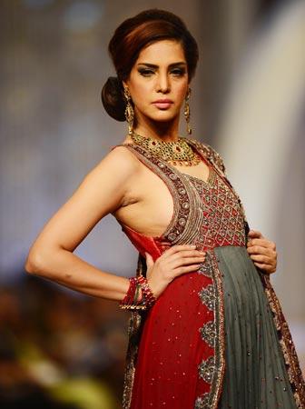 Designer: Lajwanti