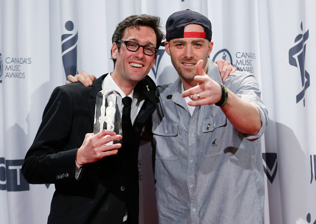 Canadian musicians David Myles (L) and Classified pose with their Juno Award for Rap Recording of the Year. —Photo by Reuters