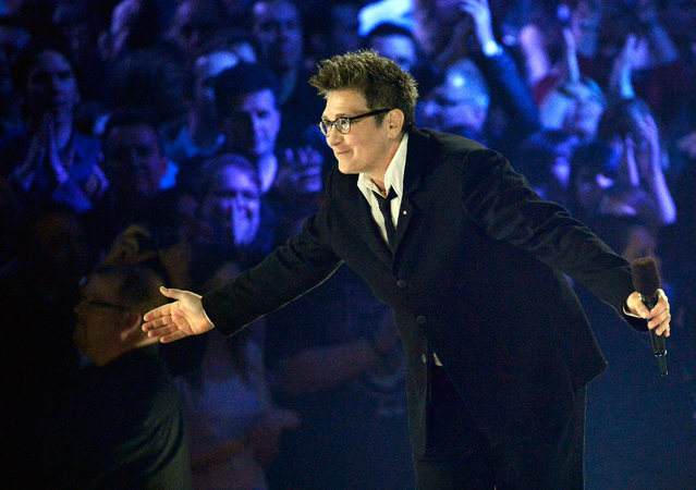 K.D. Lang bows the crowed after receiving a Juno for her Canadian Music Hall of Fame induction. —Photo by AP