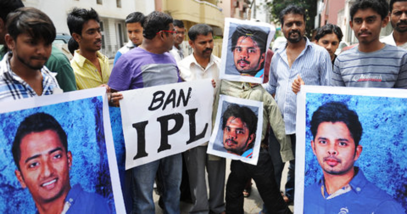People in India protest after the arrests of the three players allegedly involved in spot-fixing. -Photo by AFP
