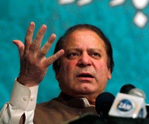 Nawaz to take on foreign, defence portfolios himself: sources