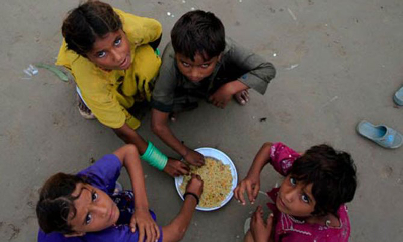 Experts urge for more research and funding for nutrition based issues in Pakistan. File Photo by AP