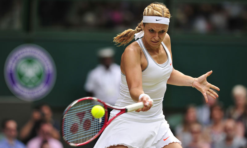 Germany's Sabine Lisicki took on Poland's Agnieszka Radwanska in the second semi-final, and powered to a 6-4 first set win