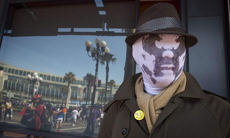 "Cosplayer Noel Victorio poses while dressed as Rorschach from the graphic novel ""Watchmen"" during the 2013 San Diego Comic-Con (SDCC) International in San Diego, California.—Photo by Reuters"