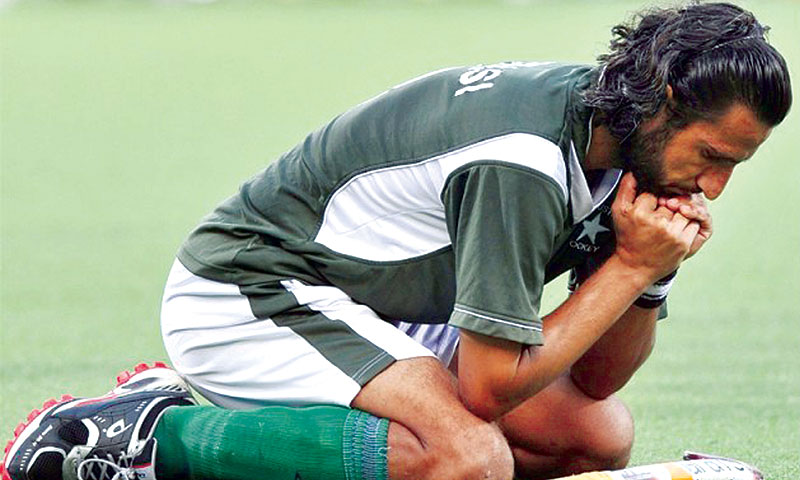 Pakistan are dangerously close to sitting out the 2014 World Cup unless they annex the Asia Cup next month. -File photo