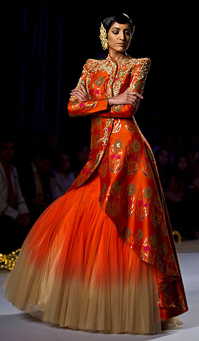 A model displays a creation by designer Gaurav Gupta during the Delhi Couture Week.—Photo by AP
