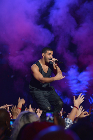 Drake performs during the ceremony. –Photo by AFP