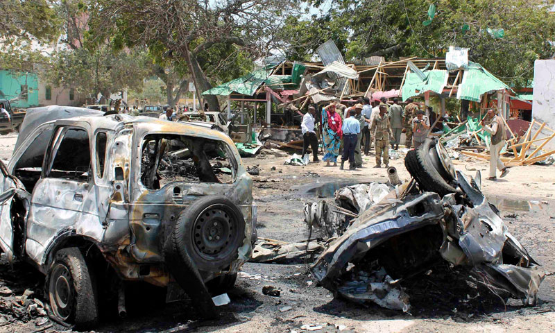 Twin blasts kill 18 in Somali capital