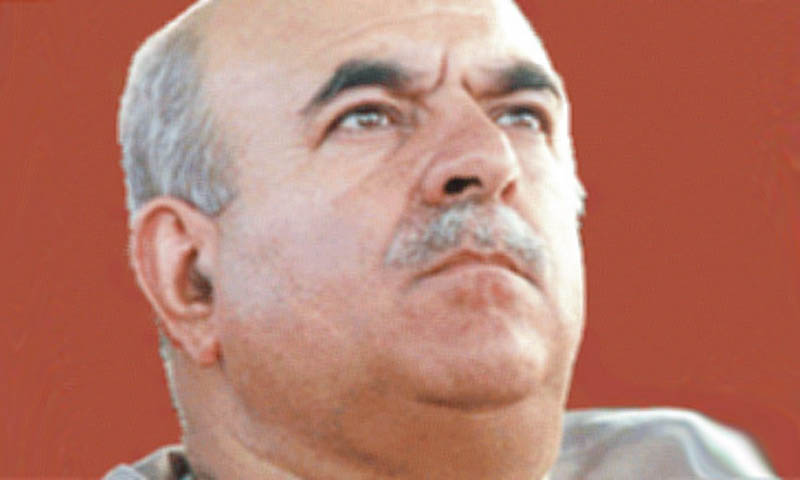 Pakhtunkhwa Milli Awami Party (PkMAP) leader Mahmood Khan Achakzai cited the example of Lebanon, whose constitution provides for a Maronite Christian president, a Sunni prime minister and a Shia speaker of the chamber of deputies as a means to ensure inter-communal harmony.  — File Photo