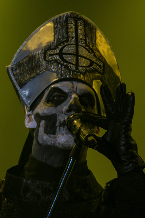 Papa Emeritus II of Ghost B.C. performs in signature Gothic style during their show.