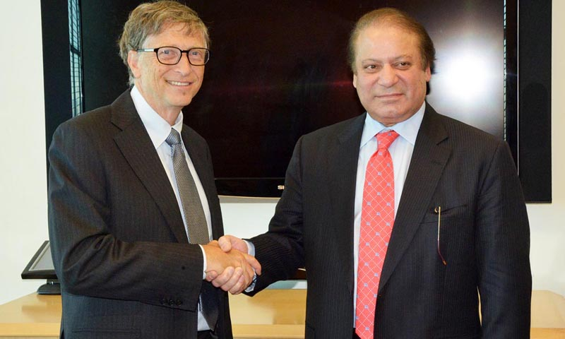 Prime Minister Mian Muhammad Nawaz Sharif shakes hand with Bill Gates.    — Photo by Online