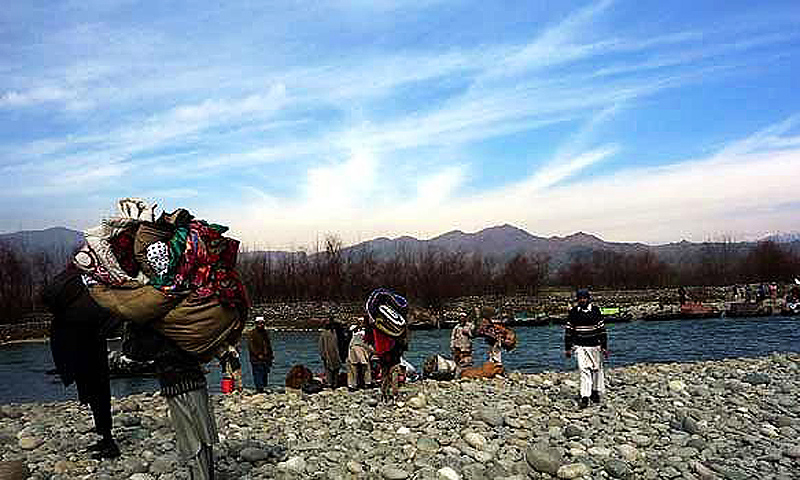 Internally displaced persons returning to Swat. –Photo by AP