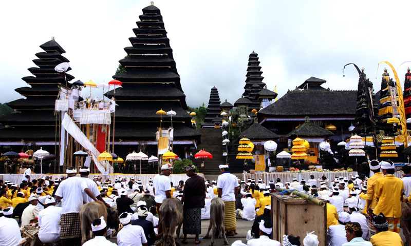 Hundreds of Balinese Hindus gather for worship at the Besakih temple, Bali's holiest site — Photo by AFP