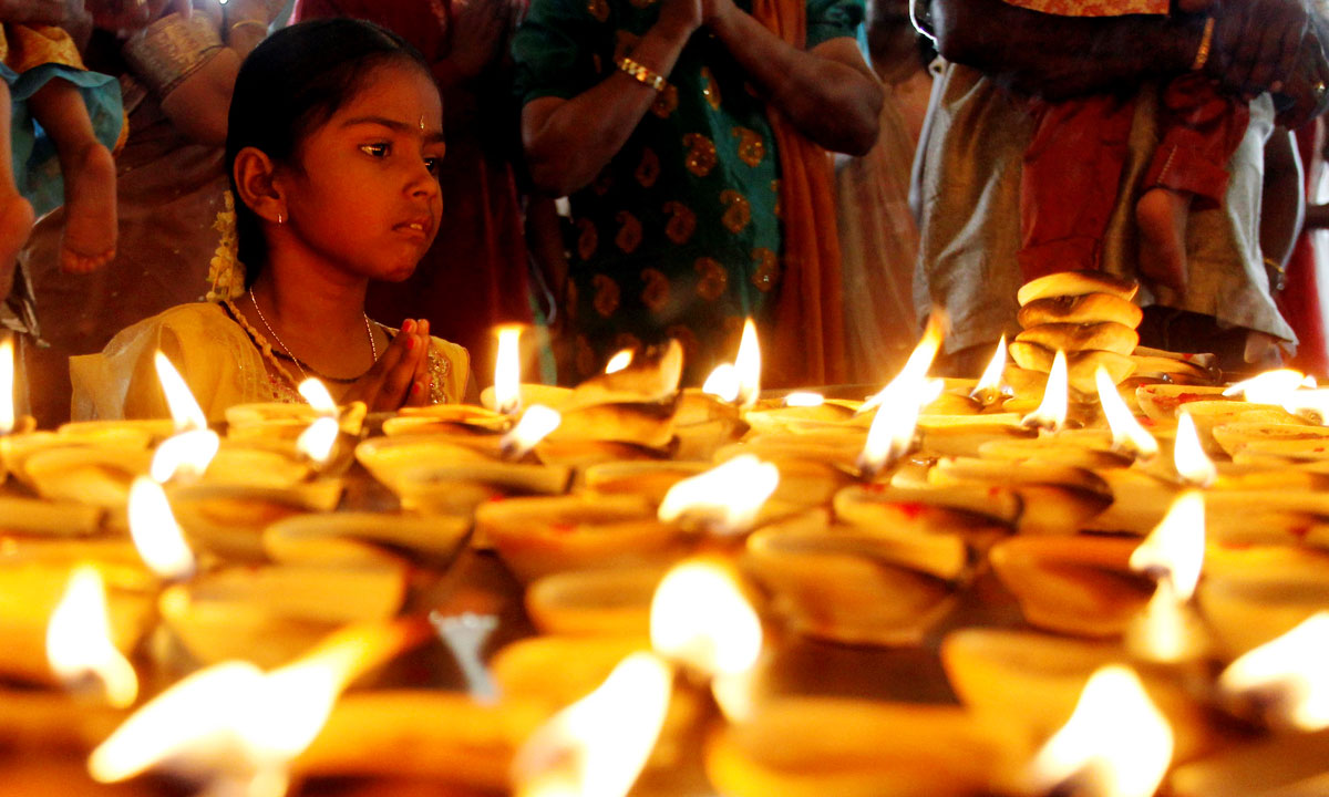 The festival of lights - Multimedia - DAWN.COM