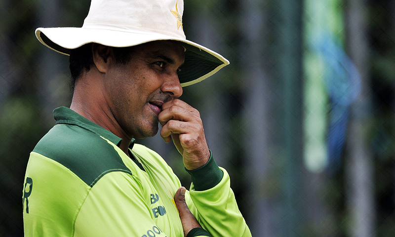 Is Waqar the man Pakistan need after Whatmore goes?