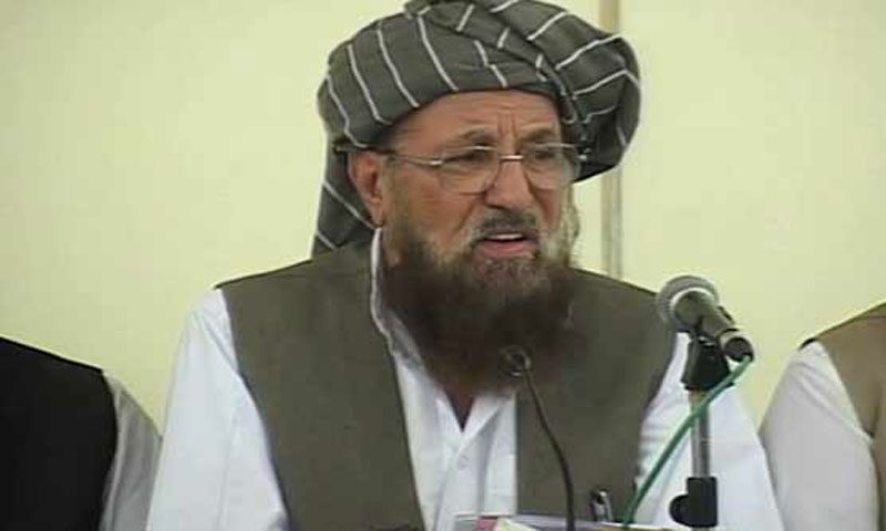 Chief of his own faction of Jamiat Ulema-i-Islam and chairman of the Pakistan Defence Council, Maulana Samiul Haq. — File photo