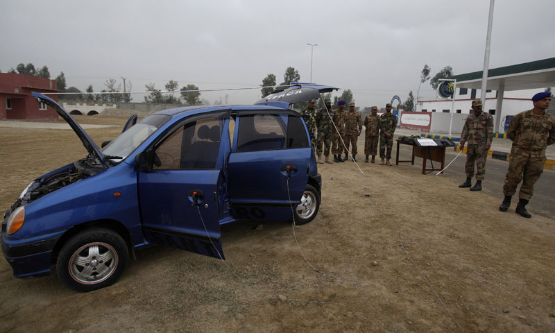 In this Wednesday, Jan. 8, 2014 photo, Pakistani soldiers attend a training session at Counter IED Explosives and Munitions School, in Risalpur, Pakistan. — Photo by AP