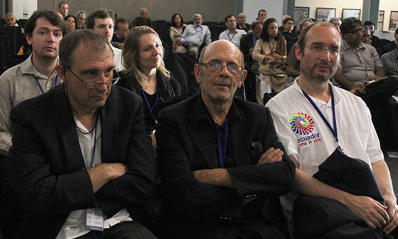 Jean-Loup Welcomme [center] with Gregoire Metais [left]. –Photo Suhail Yusuf/Dawn.com