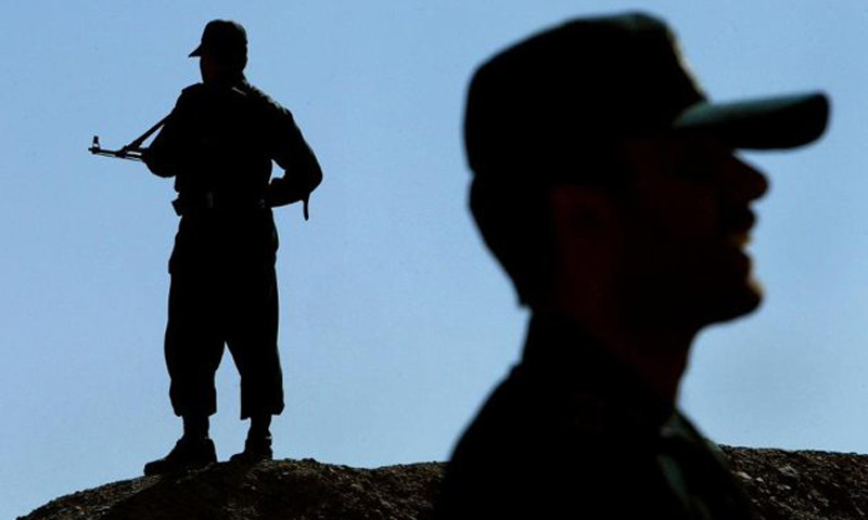 Jaish al-Adl group has posted photos on twitter of five men it claims are border guards it seized near Pakistan. – File Photo/AFP
