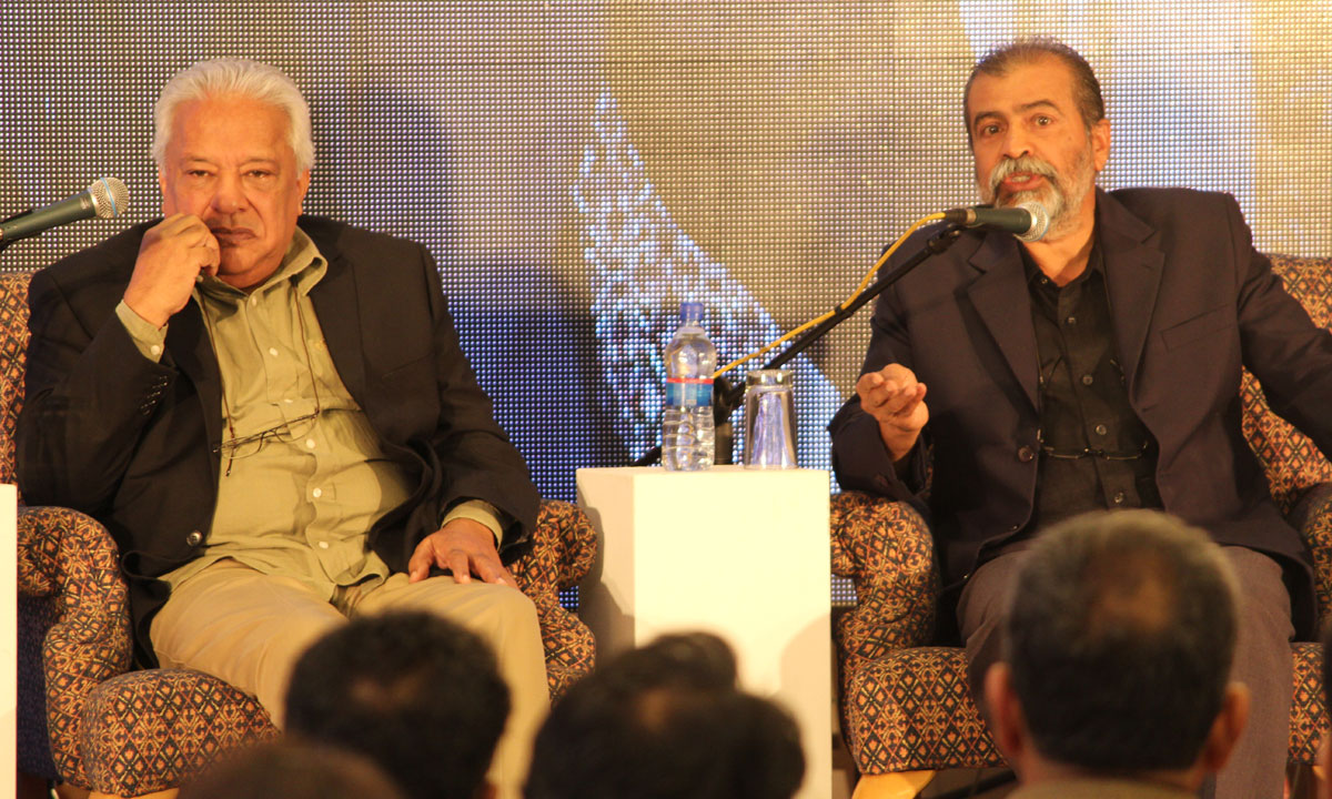 Arif Hasan (L) with Kaleemullah Lashari. – Photo by Asif Umar