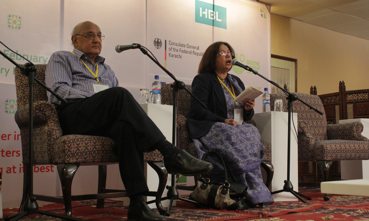 Amjad Islam Amjad with Fatema Hassan (moderator). – Photo by Muhammad Umar