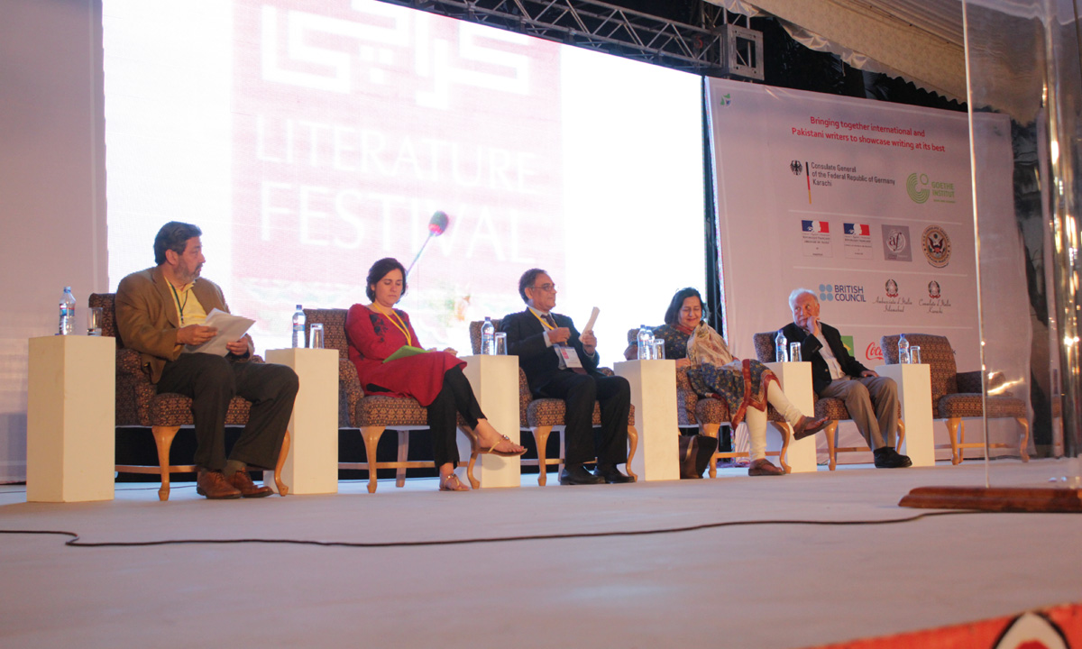 From L to R: Aman Aziz Siddiqui, Kamila Shamsie, Asif Furrukhi, Ameena Saiyid and Raza Ali Abidi. – Photo by Muhammad Umar
