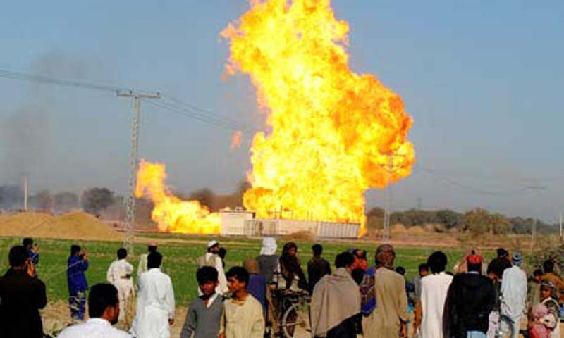 Describing the explosions as an act of terrorism, the managing director of the Sui Northern Gas Pipelines Ltd, Arif Hameed, said the gas left in the system was utterly insufficient to meet the demand of domestic consumers in the province.  — File Photo by AFP