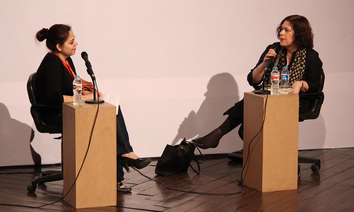 Rachel Dwyer (R) with Mira Hashmi. – Photo by Hamza Cheema